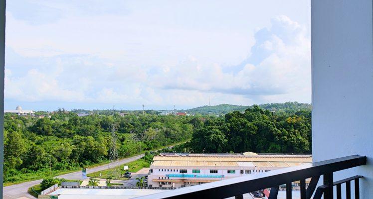 View 007BL1